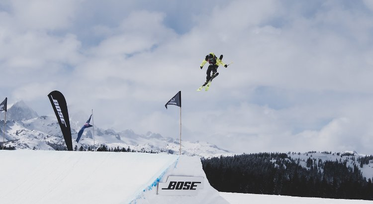 Nakab vince lo slopestyle freeski di Coppa Europa a Leysin e comanda la classifica generale