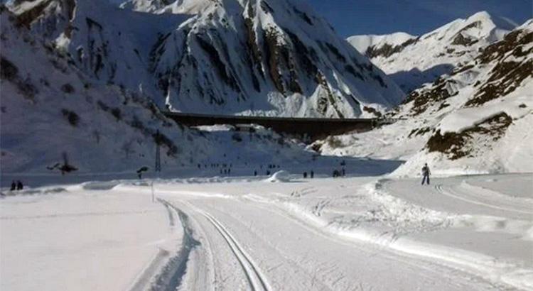 Italia padrona della 10 km TC maschile di Alpen Cup juniores a Pokljuka: Chiocchetti primo e Barp terzo. Defrancesco undicesima fra le donne
